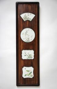 Kinesiske porcelænsmalerier i træramme