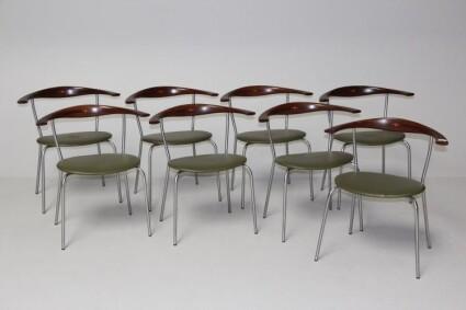 8 JH-701 spisebordsstole 74000 kr